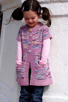 """knitting patterns Pepper is a very playful and modern girls cardigan featuring cute pockets and simple lines. It is a part of the Spice Girls"""" series of cardigans designed for every Baby Knitting Patterns, Love Knitting, Knitting For Charity, Knitting For Kids, Knitting Stitches, Knitting Designs, Hand Knitting, Knitting Videos, Crochet Baby"""