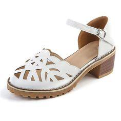 22deb13cab54c4 Gladiator Sandals Women Europe style 2017 summer new Rome sandals female  students flat Hollow Retro platform women s sandals