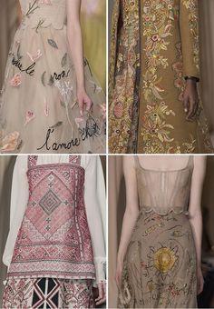 Valentino liet zich voor de voorjaars/ zomer collectie 2015 inspireren door kleur, vorm en (borduur)motieven van klederdrachtkleding uit verschillende streken.