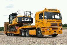 Heavy Duty Trucks, Big Rig Trucks, Cool Trucks, Heavy Construction Equipment, Heavy Equipment, Old Lorries, Mode Of Transport, Commercial Vehicle, Classic Trucks