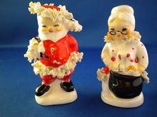 Vintage Napco Spaghetti Santa & Mrs Claus Salt & Pepper Set.  My mom had these and I use to play with them like dolls when i was young.