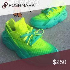 los angeles 7d596 ec294 Huaraches, Nike Huarache, Nike Shoes, Shoes Sneakers, Designer Handbags, Nike  Tennis, Loafers   Slip Ons, Designer Bags, Designer Purses