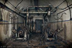 Machine Room – Maginot Line
