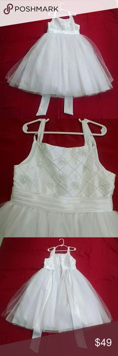 New..no tags Picture Perfect..by. Sweet Heart Rose New..no tags Picture Perfect..by. Sweet Heart Rose.. DRESS...flower girl ...wedding...formal...very beautiful ....sz.8.. Picture Perfect by Sweet Heart Rose Dresses Formal