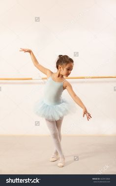 e50934936 ballet dance pose ideas - Google Search