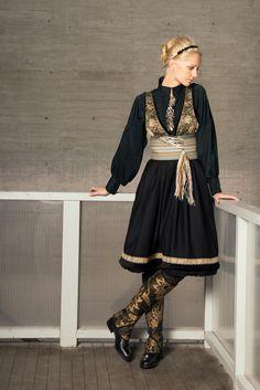 FANTASISTAKKER - Eva Lie Design ASEva Lie Design AS Norwegian Clothing, Scandinavian Fashion, Spring Outfits Women, Textiles, Great Women, Folk Costume, Traditional Dresses, Boho Fashion, Cool Outfits