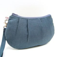 Pleated Wristlet Purse Charcoal Grey Linen by LMcreation on Etsy