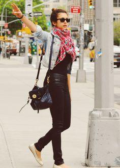 nina dobrev street style. Love her purse