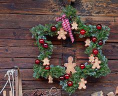 Kranz in Sternenform - Deko zu Weihnachten basteln 4 - [LIVING AT HOME]