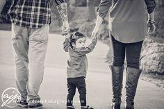 Unique Family Portrait Ideas For Photographers ©2015 ANDRE J PHOTOGRAPHY Family walking Portraits, Outdoor, fun, unique, photos, www.andrejphotography.com