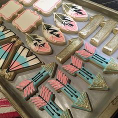 "130 Likes, 23 Comments - Liz Krauft (@krauftcookies) on Instagram: ""Glitter boho in the works.  #cookies #glitter #decoratedcookies #boho #birthday…"""