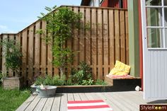 altan Outdoor Spaces, Outdoor Living, Outdoor Decor, Small Gardens, Plank, Fence, Tiny House, Villa, New Homes