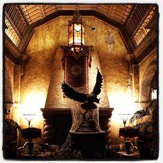 Tower of Terror is best ridden at night! Disney's Hollywood Studios in Walt Disney World