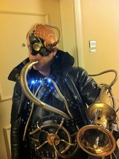 * Steampunk Borg from Star Trek ~ Posted by: manny * Steampunk Cafe, Steampunk Movies, Steampunk Characters, Steampunk Festival, Steampunk Gadgets, Steampunk Men, Steampunk Dress, Steampunk Cosplay, Steampunk Design