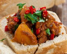 Alida Ryder with her personal take on a classic South African dish, the Bunny Chow. But don& worry, no bunnies got hurt in the process. South African Dishes, South African Recipes, Ethnic Recipes, Spicy Recipes, Cooking Recipes, Oven Recipes, Curry Recipes, Beef Curry, Lamb Curry