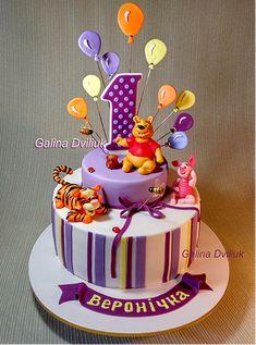 Торт на 1 год Винни Пух. На крестины или детский торт на годик. Детские тортики для вашего малыша на 2 года на день рождение, мальчику на 5лет или для девочки постарше – изысканное украшение вашего праздника. | Дитячі торти на на хрестини, на 1 рочок чи на день народження Галина Двілюк, сайт Торти від пані Галини #тортики #тортнаденьрождения #тортдлядевочки #тортдлямальчика