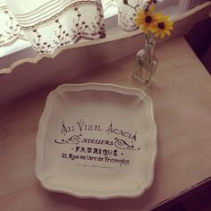 Shabby Chic Vanity Tray / Footed Metal Vanity by JMFindsandDesigns, $27.00