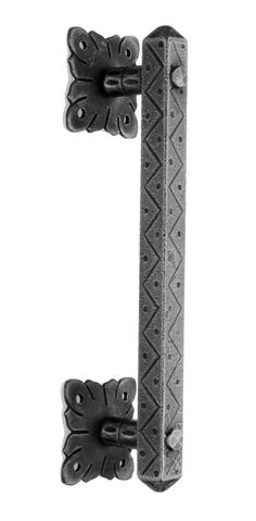 ART.320. Rustic wrought iron door pull aveilable in 13 different finishes. Length 270mm. Maniglione Rustico in ferro battuto. Disponibile in 13 diverse finiture. Lunghezza 270mm