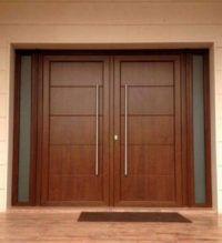VENTA DIRECTA DE PUERTAS ACORAZADAS EN TOLEDO Y MADRID Wooden Double Doors, Door Gate Design, House Gate Design, Double Door Entryway, Double Door Design, House Entrance Doors, Wood Doors Interior