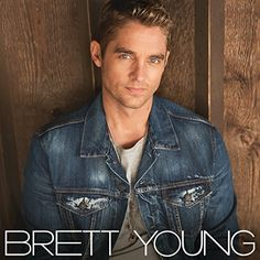 Brett Young Brett Young Vinyl LP At it's hard to imagine Brett Young late at night in a recording studio strumming chords and writing songs. An athlete all his life, Young possesses a keen look Country Music Artists, Country Music Stars, Country Singers, Best Party Songs, New Music Albums, Music Books, Like I Love You, Thomas Rhett, Wedding Songs