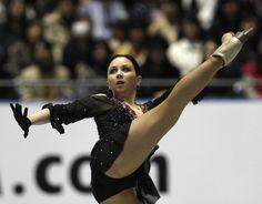 Elizaveta Tuktamysheva of Russia performs during the women's free skating at the ISU World Team Trophy in Figure Skating in Tokyo April 13, 2013. REUTERS/Yuya Shino (JAPAN - Tags: SPORT FIGURE SKATING)