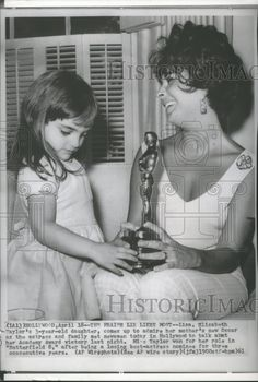 1961 Press Photo Actress Elizabeth Taylor and her daughter Liza - spx20574   Collectibles, Photographic Images, Contemporary (1940-Now)   eBay!