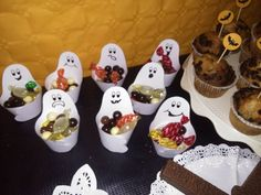 Halloween 2015, Pudding, Sugar, Candy, Cookies, Desserts, Food, Crack Crackers, Tailgate Desserts