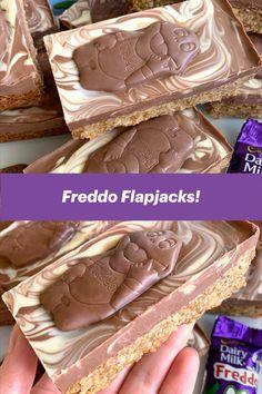 Chocolate Traybake, Chocolate Flapjacks, Caramel Chocolate Chip Cookies, Tray Bake Recipes, Baking Recipes, Cake Recipes, Dessert Recipes, Flapjack Recipe Chewy, Espresso Cake