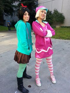Taffyta Muttonfudge And Vanellope Von Schweetz cosplay Scary Costumes, Running Costumes, Family Halloween Costumes, Disney Costumes, Cosplay Costumes, Halloween Ideas, Friend Costumes, Group Costumes, Halloween Outfits