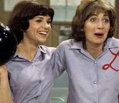 1976 interview with Penny Marshall and Cindy Williams!!! - Sitcoms ...