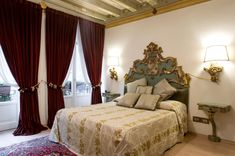 #BedBreakfastVeronaItaly: La Corte Di Giulietta, just opposite Juliet's balcony, offers parking, airport shuttle, family rooms, pet friendly, WiFi... Verona Italy, Final Destination Movies, Brave Browser, Airport Shuttle, Cool Gadgets To Buy, Bed And Breakfast, Family Rooms, Balcony, Shopping