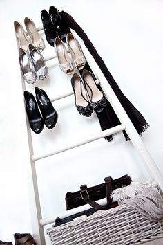 DIY Shoe Storage for Small Spaces DIY Shoe Storage for Small Spaces PVC Pipes – DIY & Crafts Looking for ways to organize your shoes? You'll find lots of creative DIY ways of organizing your shoes here. Diy Shoe Storage, Diy Shoe Rack, Storage Ideas, Storage Solutions, Ladder Storage, Organizing Solutions, Shoe Racks, Coat Closet Organization, Clothing Organization