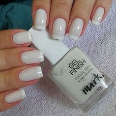 Of Course the Most-Loved Nail Polish of All Time - Beradiva - Nails Art - Nageldesign Natur Natural Nail Designs, French Nail Designs, White Nail Designs, Simple Nail Designs, Shellac Pedicure, Gel Manicure, Nail Polish, Neutral Nails, French Tip Nails
