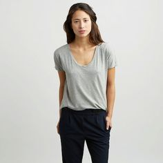 Everlane- 25 Awesome Places To Shop In Your Late Twenties And Early Thirties Fashion 2018, Fashion Outfits, Womens Fashion, Fashion Tips, Ethical Fashion, 30s Fashion, Fashion Stores, Work Fashion, Fashion Brands