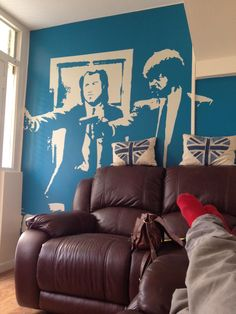 Awesome Pulp Fiction wall!  imgur: the simple image sharer