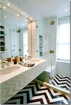 Love love love the chevron tile floor @Lisa Sander rlike chevron tile pattern and shower door/glass (not sure where I found it, something Christina Murphy)