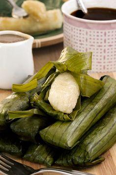 Suman Recipe - tried and tested for sure success (plus video) Vegan Gluten Free, Vegan Vegetarian, Easy Filipino Recipes, Rice Snacks, Flat Pan, Glutinous Rice, Rice Cakes, Coconut Milk