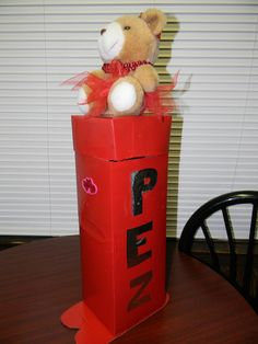 Valentines Box Pez Dispenser - Made from a 12 pack pop can box. So easy and endless decorating possibilities!