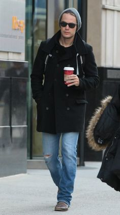 Taylor Kitsch Photos Photos - 'Lone Survivor' actor Taylor Kitsch spotted out and about in New York City, New York on November 15, 2013. - Taylor Kitsch Out and About in NYC