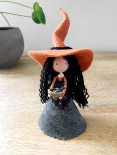 Felt Dolls, Paper Dolls, Pentacle, Acorn Crafts, Princess And The Pea, Felt Fairy, Doll Tutorial, Kitchen Witch, Fairy Dolls
