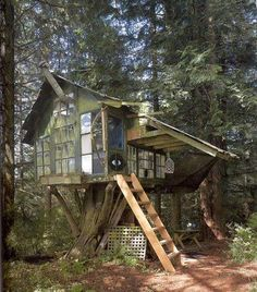 Built by artist Buster Simpson in the early days of the Pilchuk Glass School, an hour or so north of Seattle, when artists would construct their own dwellings.