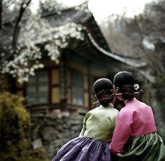 hanbok, Korean traditional dress and hanok, Korean traditional house