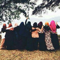 hijab, muslim, and friends εικόνα