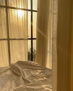 Brown Aesthetic, Aesthetic Bedroom, Future House, Summer Brown, Bed Curtains, Morning Light, Mellow Yellow, Dream Rooms, Aesthetic Pictures