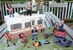 Walking Dead Cake.  TOO awesome.