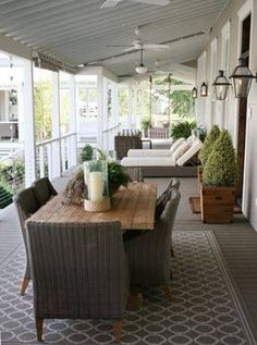 Back Porch Ideas – If you have a back porch, you probably have been as guilty as the rest of us by not doing much to provide a welcoming environment. Your back porch should receive the same l… Outdoor Wicker Furniture, Porch Furniture, Wicker Chairs, Furniture Layout, Outdoor Rooms, Outdoor Living, Back Porches, Front Porch, Balkon Design
