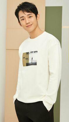 Jung hae in Actors Male, Cute Actors, Asian Actors, Actors & Actresses, Asian Boys, Asian Men, Pretty Men, Beautiful Men, Korean Haircut