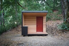 The defined lines of the cube stand in stark contrast against the raw landscape of tangled vines and rolling hills. It sits on 10 acres in the Santa Cruz mountains, 5 miles from the coast, surrounded by towering redwoods and twisted oak trees.