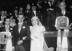 wedding-of-barbara-hutton-and-alexis-mdivani-in-paris-photograph-1933-picture-id167636025 1.024×728 Pixel