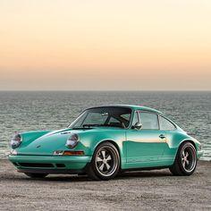 Singer Porsche 911 Malibu
